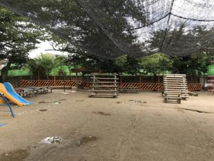 塀(園庭側)ビフォー