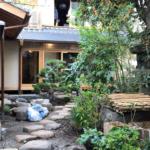 宿泊施設と庭