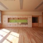 小ホール 造形絵画棚